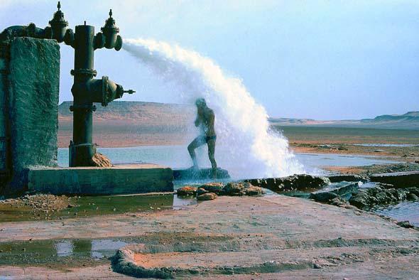 Артезианская скважина в Сахаре
